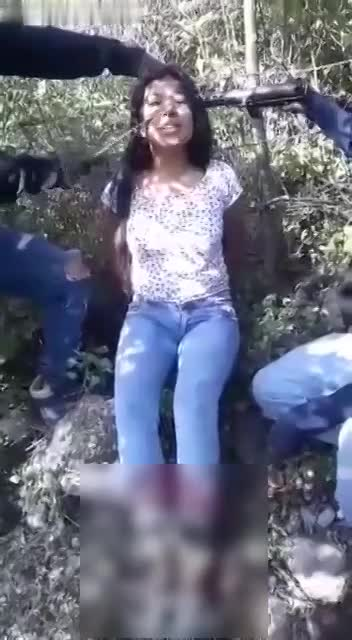 Woman Executed by Narco Gang - LiveGore.com